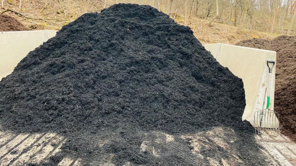 black colofast mulch for sale bulk mulch delivery